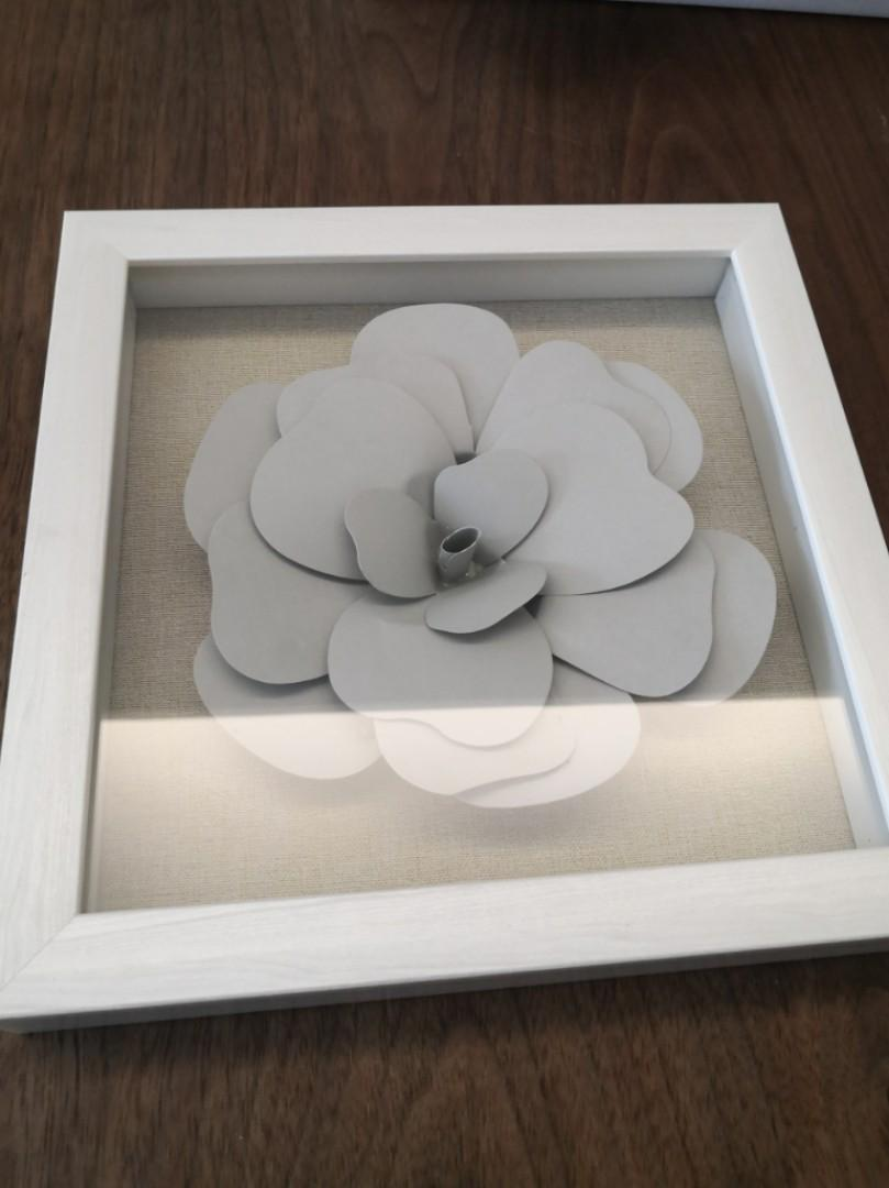 FrancFranc Grey Flower Frame Decor