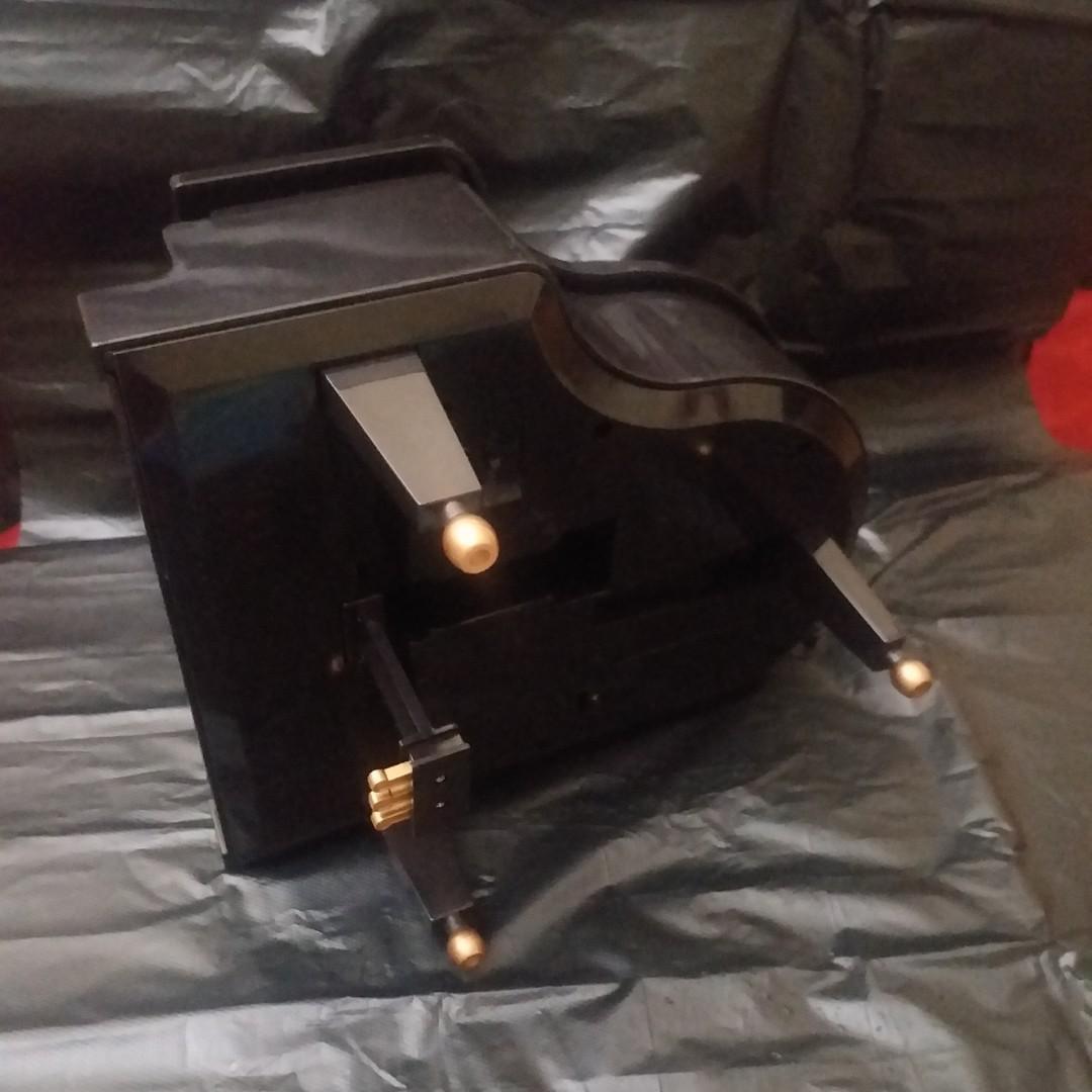 Hello Kitty music box 音樂盒 (壞)