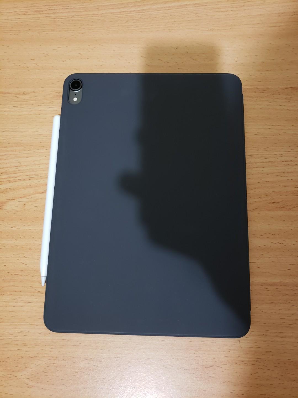 iPad Pro 11 / 256GB / Wi-Fi + Celluler / Space grey + Apple Pencil 2 + Smart Folio