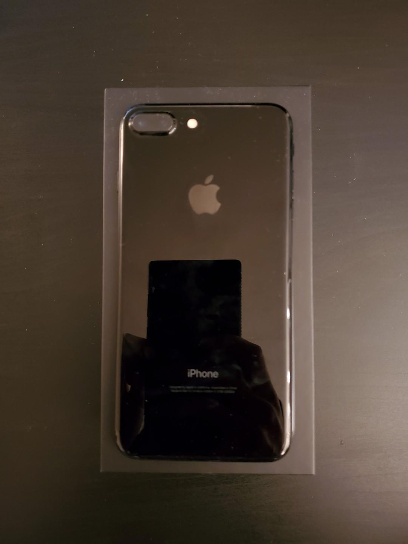 *Crossposted* Unlocked iPhone 7 Plus - 128GB - Jet Black