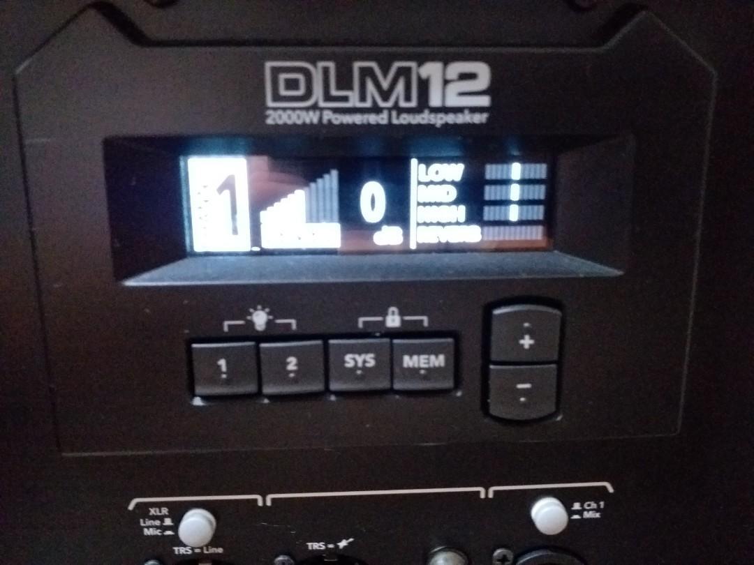 MACKIE DLM12 2000瓦特WATTS  外場喇叭擴大器 Yamaha roland amplifier  speaker電子琴電子鼓行進大鼓小鼓 五音鼓