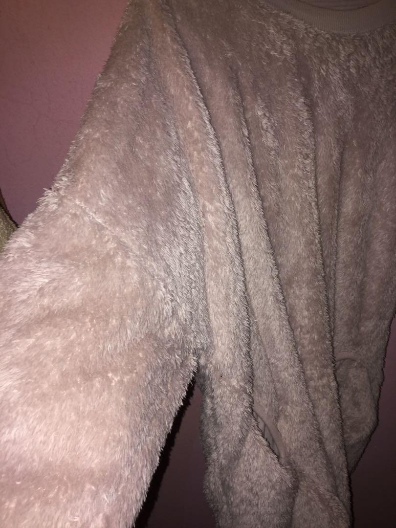 MONKI PINK FLUFFY LONG SLEEVE TOP / SWEATER TO LET GO!!!