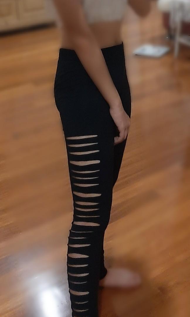 Ripped Legging