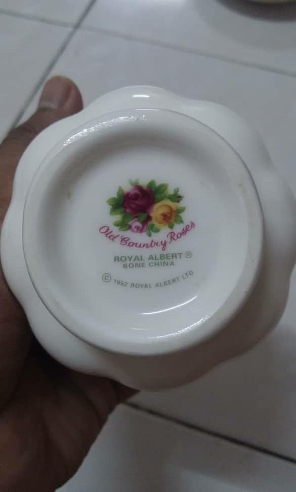 Royal Albert Old Country Rose Teacup and Saucer