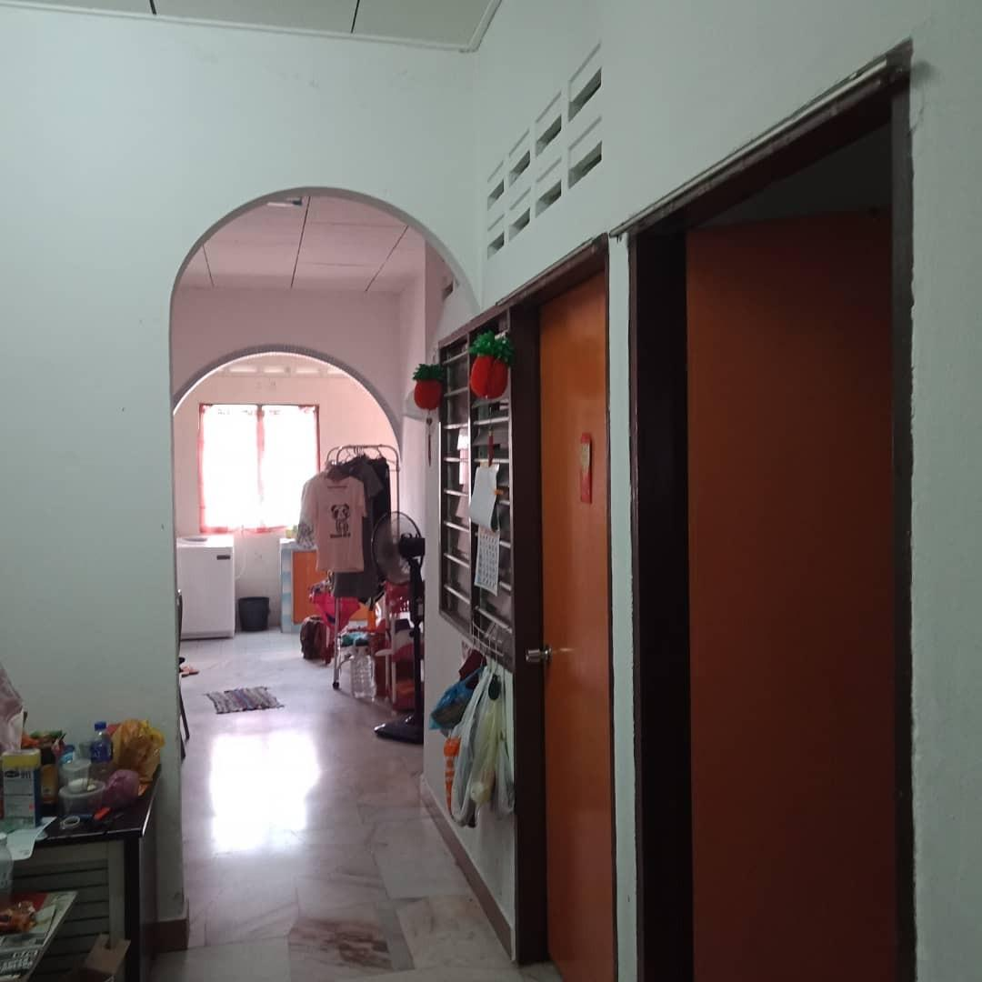 Single storey at Taman Kaya, Taiping