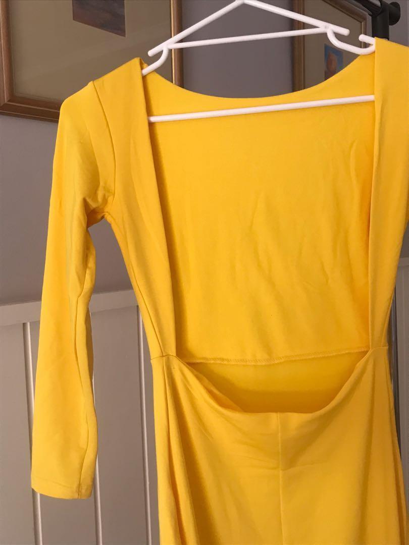 size s   bnwot yellow long sleeve cutout slit dress
