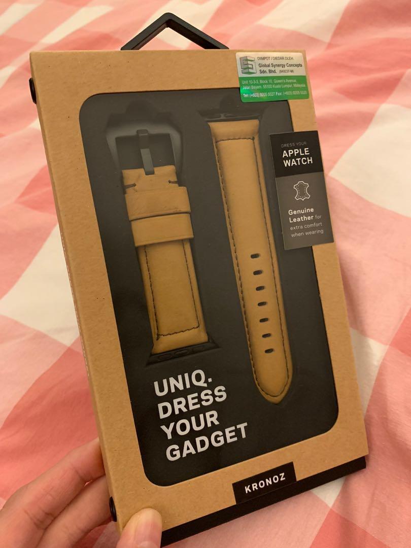 Uniq Apple Watch Genuine Leather Strap