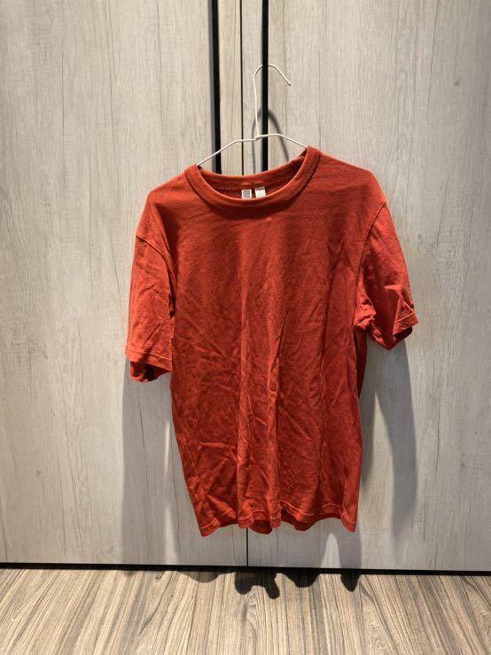 Uniqlo U 系列 t-shirt