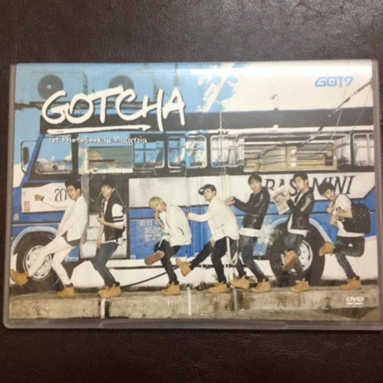 [WTS] [WANT TO SELL] <GOT7 GOTCHA - 1st Photobook in Malaysia>