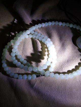 緬甸A貨翡翠,淡果綠色珠鍊,108顆,糯冰種