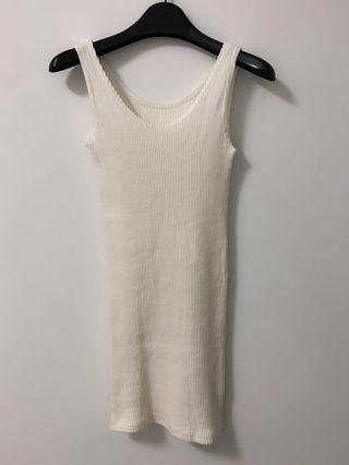 (免運中)白色羅紋無袖長版合身上衣