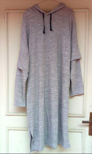Grey Knitted Mididress
