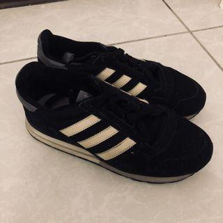 Adidas鞋37