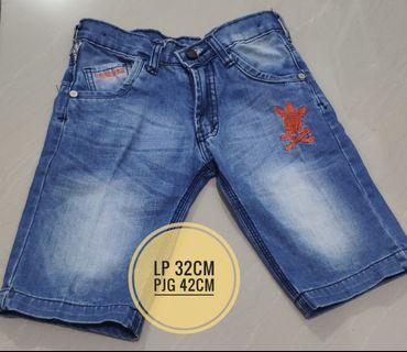 [Preloved] Celana Pendek Anak Laki Jeans Sz 6-7y