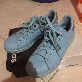 Adidas Stan Smith Blue (nett price)