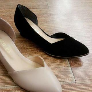 黑色尖頭楔型鞋