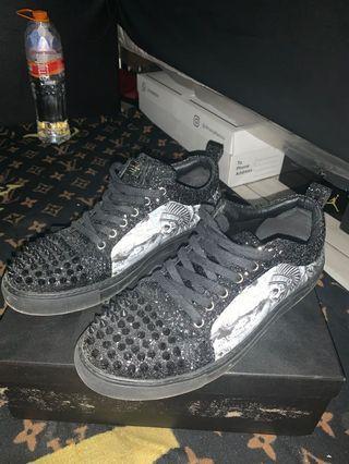 Sepatu Duri Phillip plein Keren !