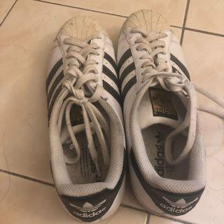 Authentic Adidas Superstar size US9