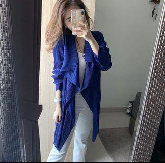 New blue pleate outer