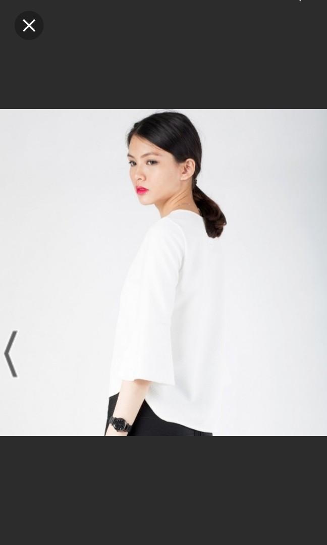 ❤ Hollyhoque Florence Bell Sleeves Top White
