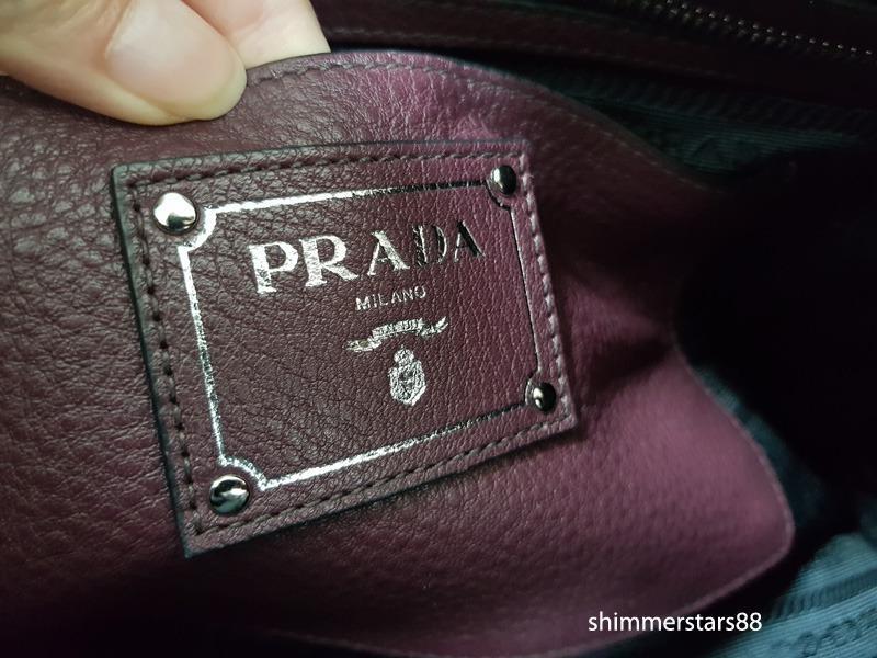 PRADA Bauletto Vitello Daino in Granato, 100% Authentic