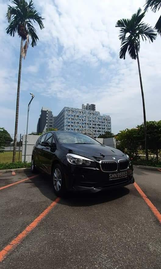 BMW 216i Black/White 7 Seater (GOJEK/GRAB/TADA/RYDE READY)
