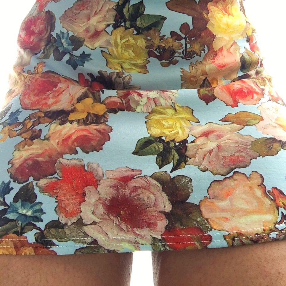 cute floral skirt size S baby blue