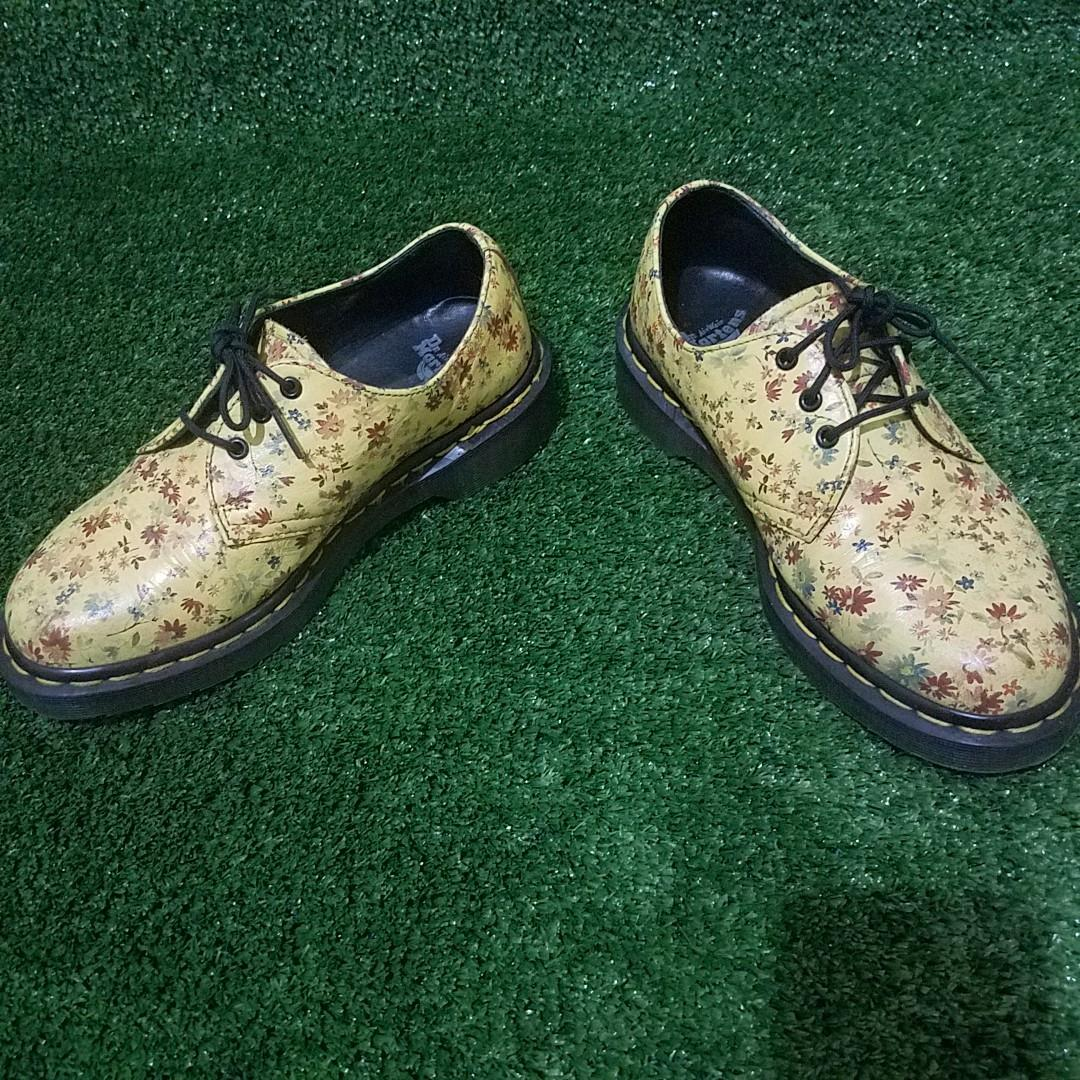 dr martens authentic not lv bally redwing