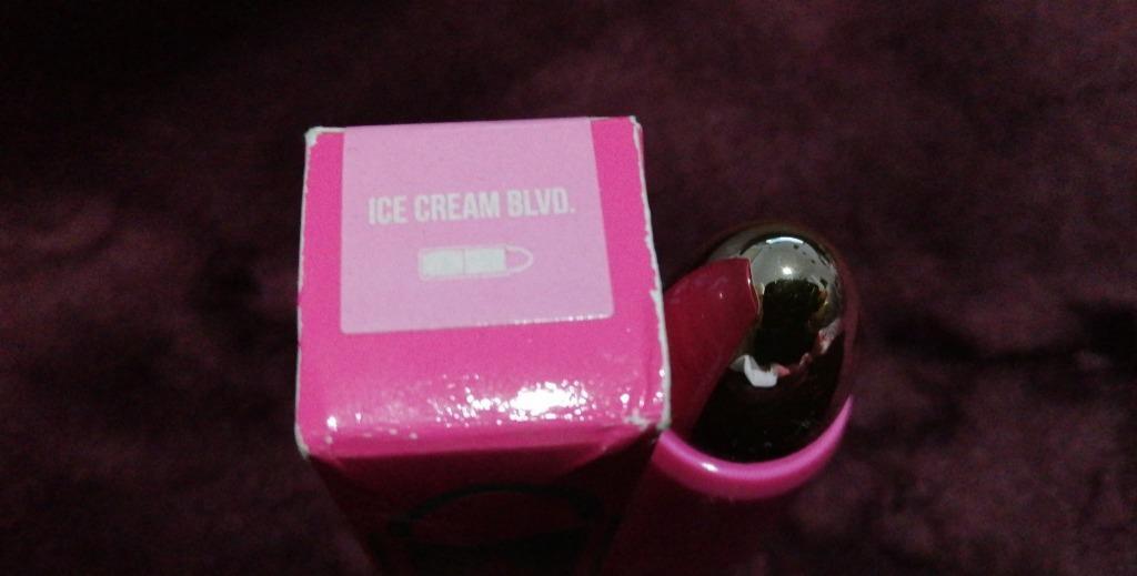 JEFFREE STAR ICE CREAM BLVD LIP AMMUNITION BRAND NEW & AUTHENTIC $10 (PRICE IS FIRM, NO SWAPS)