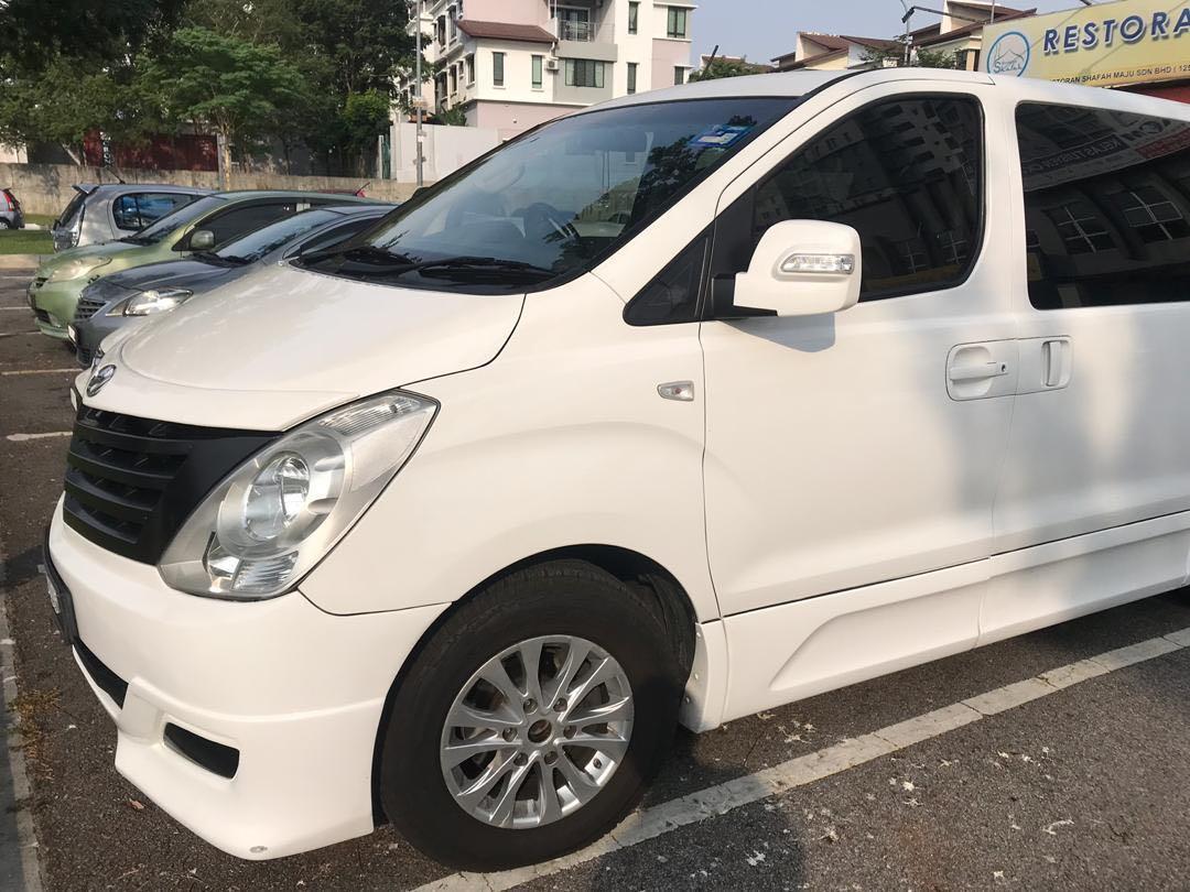 MPV Hyundai Starex 11 seater/chauffeur/rental/transport to Malaysia