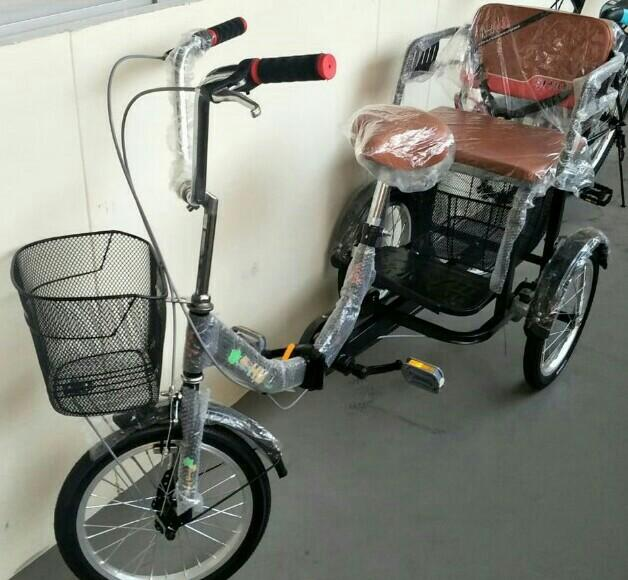 Blk856C Tamp st82 New 3 wheeler bicycle, foldable Tricycle (Can go in HDB lift)