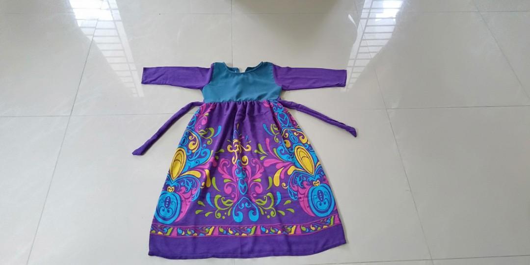 Preloved dress anak usia 5 tahun 25K
