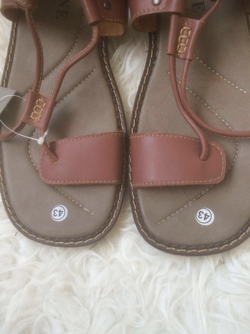 Sandal kulit eugene