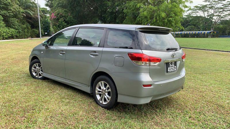 Well Maintained Toyota Wish For Private Hire Rental