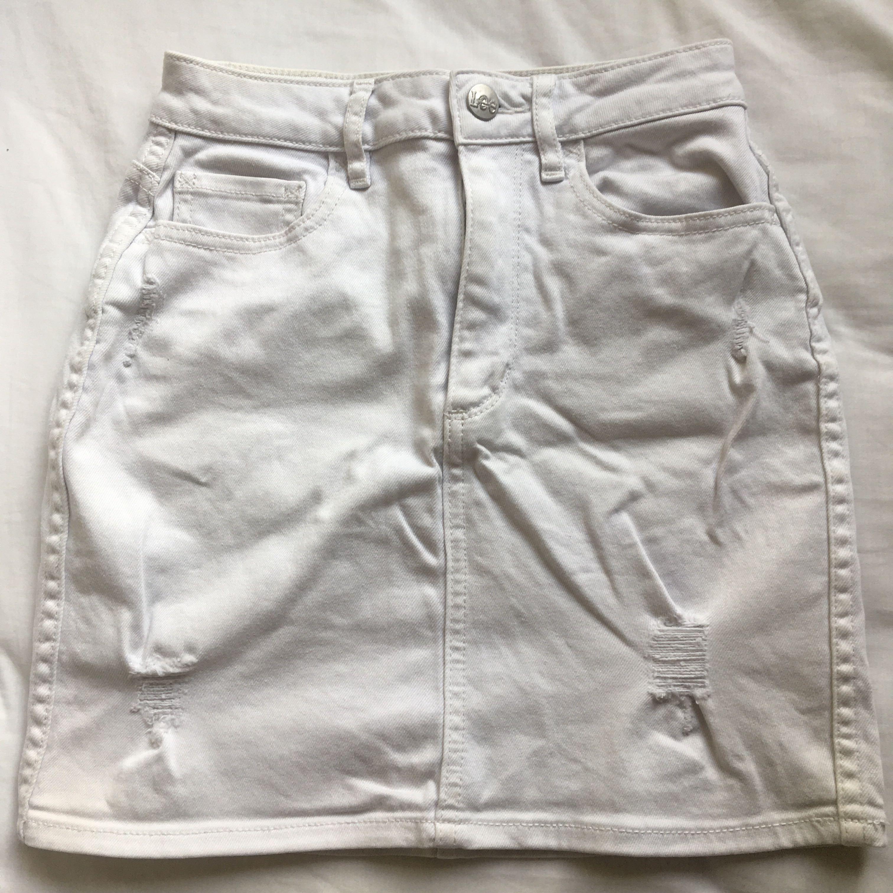 White Lee miniskirt