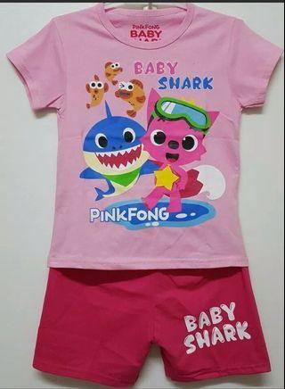 Setelan anak baby shark 7 tahun