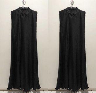 Long black alexa dress