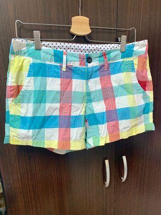 Lativ 格紋短褲