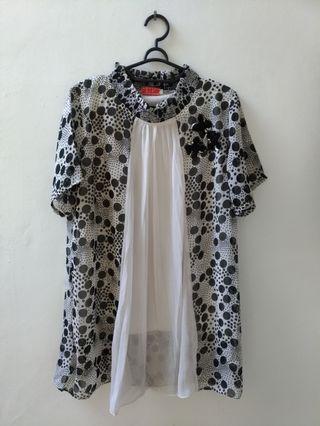 #VISITSINGAPORE black white blouse