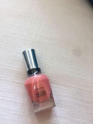 Sally Hansen Nail Color (nude pink)