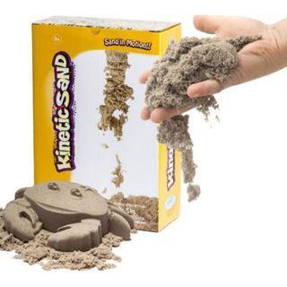 二手9成9新(一半沙全新/另一半只玩過一次)【瑞典Kinetic Sand】動力沙-原色沙5kg,送49元全新大創鞋盒