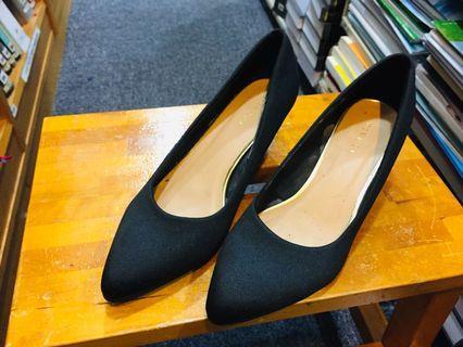 Vinci  Shoes in black -37 1/2 size