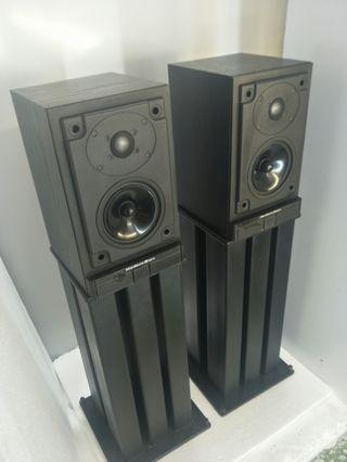 Mourdant Short MS10 Bookshelf Speakers