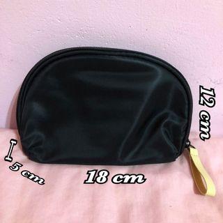 半圓 防潑水 化妝包 盥洗包 收納包 手拿包 大容量 makeup bag
