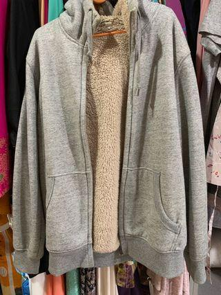 Sweater uniqlo pile lined hoodie