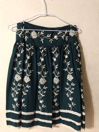 繡花淑女裙(深墨綠色)