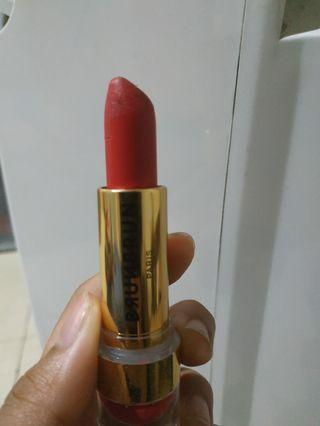 Lipstick burnburn