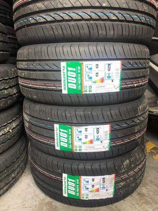 225-45-r18 Doublestar Tire bnew