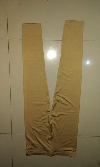 Celana legging bahan super melar adem