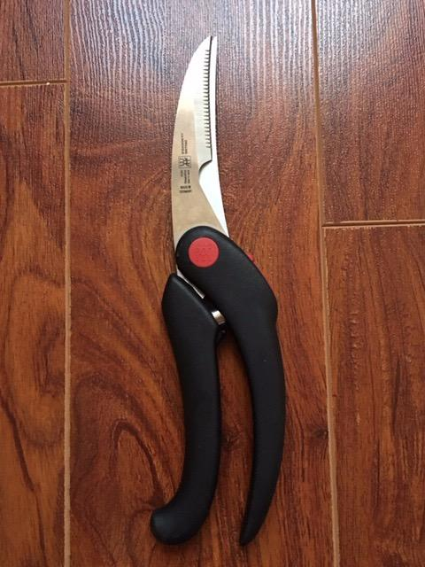 95% new ZWILLING J.A. Henckels Serrated Poultry Shears